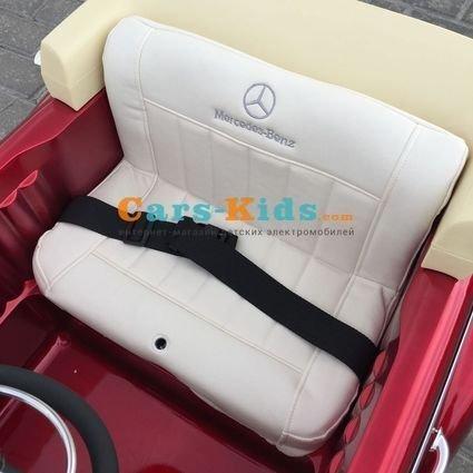 Электромобиль Mercedes-Benz 300S Retro красный (АКБ 12v10ah, колеса резина, сиденье кожа, пульт, музыка)